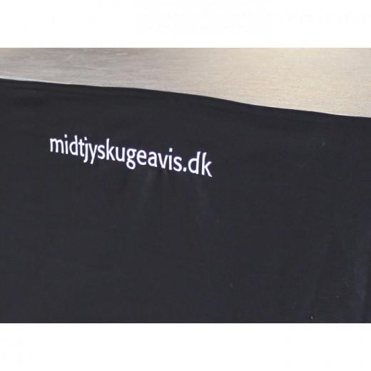 Sceneinddækning med logo/navn-31